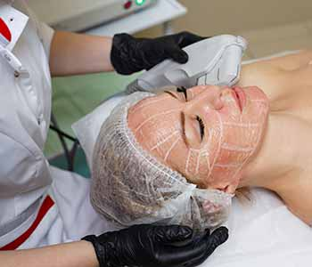 Enjoy the benefits of Ultherapy treatment in Chagrin Falls, OH for skin laxity