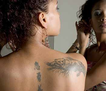 Professional in Chagrin Falls, OH describes laser tattoo removal and how it works